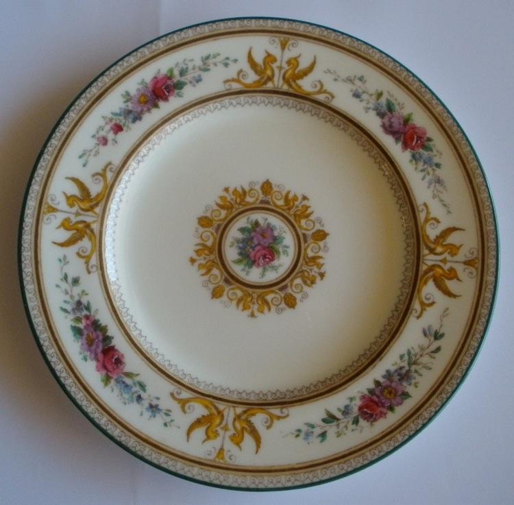 Wedgwood Columbia W726 Salad Plate Ivory Bone China 10.5 Inches