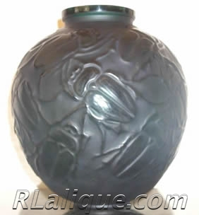 R.Lalique Vase Gros Scarabees Fake - Not by Rene Lalique