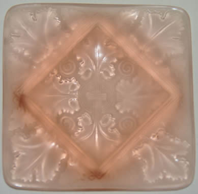 R Lalique Ashtray Vezelay Pink Glass Fake - Not by Rene Lalique