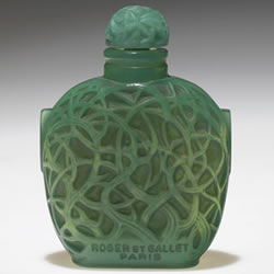 R Lalique Perfume Bottle Le Jade in Green Glass by Rene Lalique