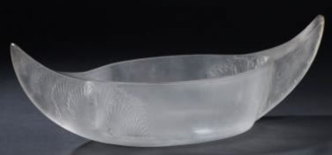 Rene Lalique Acanthes Table Centre