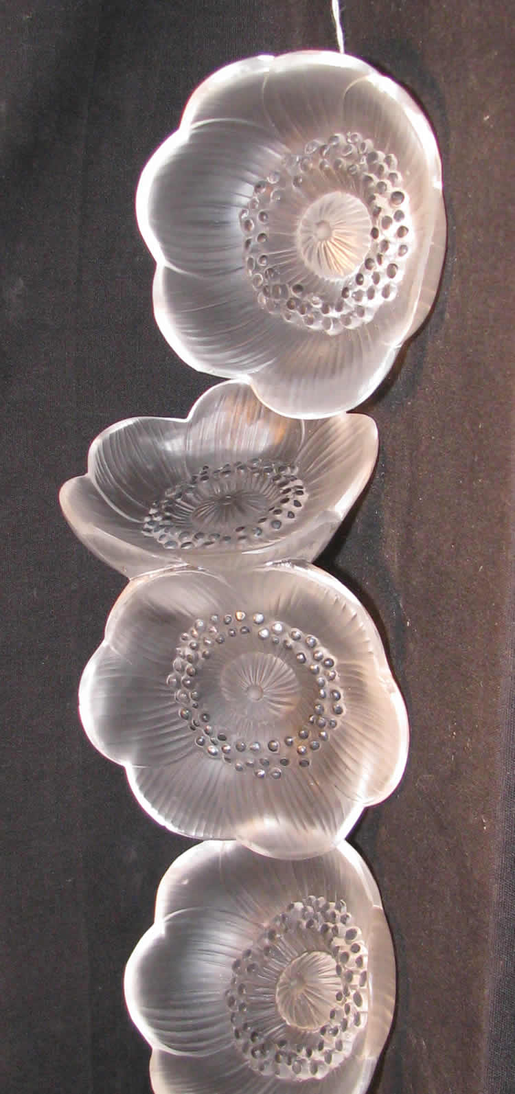 Rene Lalique Anemone Fermee Flower Decoration