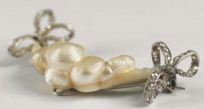 Rene Lalique Bows And Pearls Brooch