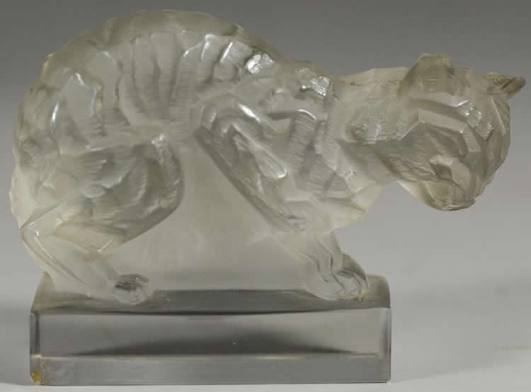 Rene Lalique Chat Paperweight