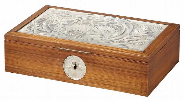 R. Lalique Chrysanthemes Box