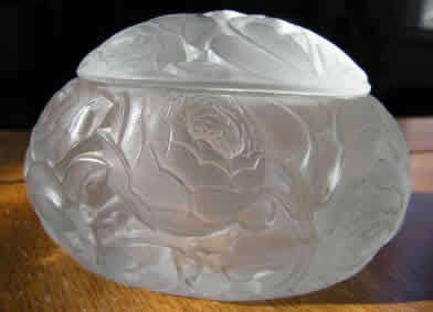 R. Lalique Dinard Oval Box
