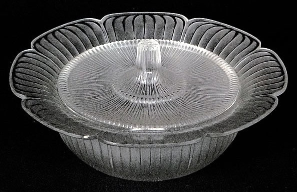 R. Lalique Gatinais Covered Bowl