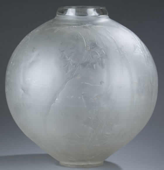 rene lalique grande boule lierre vase. Black Bedroom Furniture Sets. Home Design Ideas