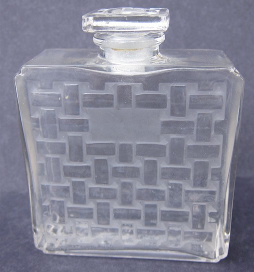 R. Lalique Lilas Perfume Bottle