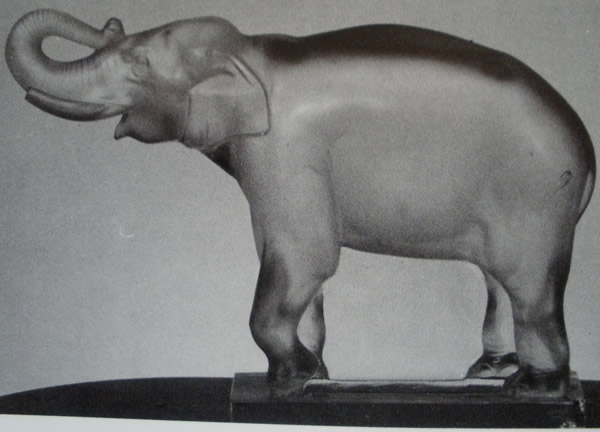 Rene Lalique Decoration Matcho Gros Elephant
