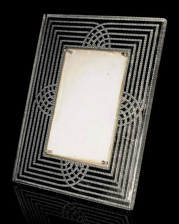 Rene Lalique Perle Frame