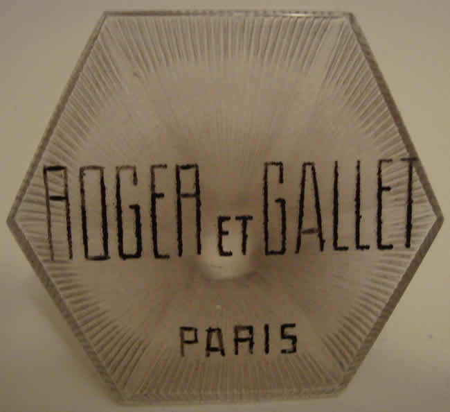 Rene Lalique Roger Et Gallet Paris Sign