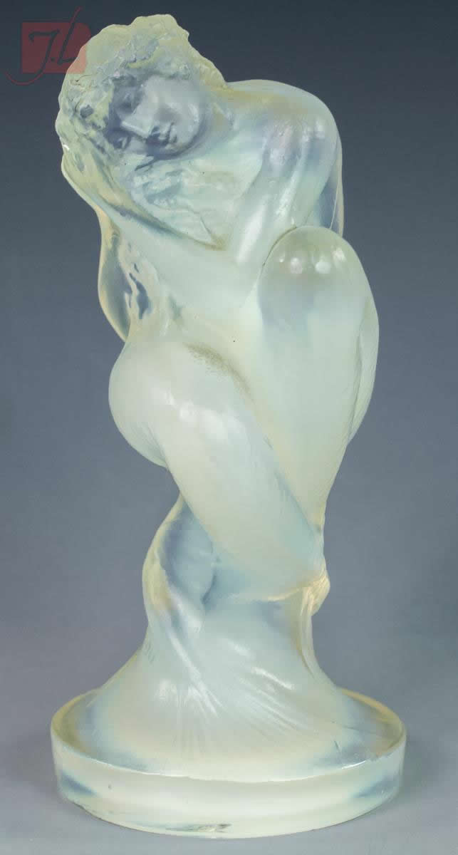 R. Lalique Sirene Hood Ornament