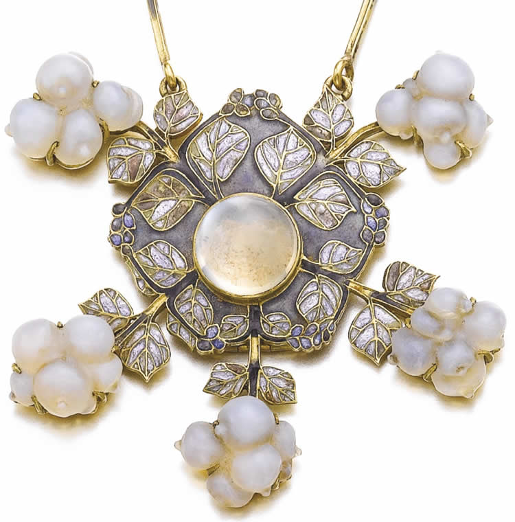Rene Lalique Pendant Snowberries