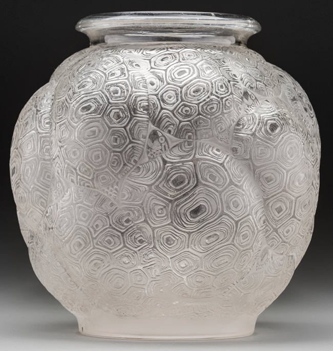 Rene Lalique Vase Tortues