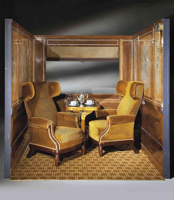 rene lalique la compagnie des wagons lits pullman salon train compartment. Black Bedroom Furniture Sets. Home Design Ideas