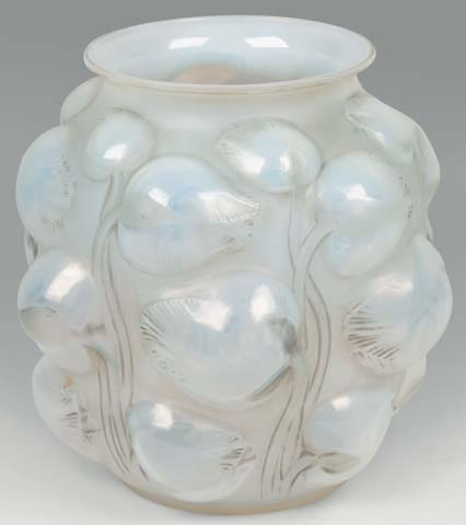Rene Lalique Tulipes Vase