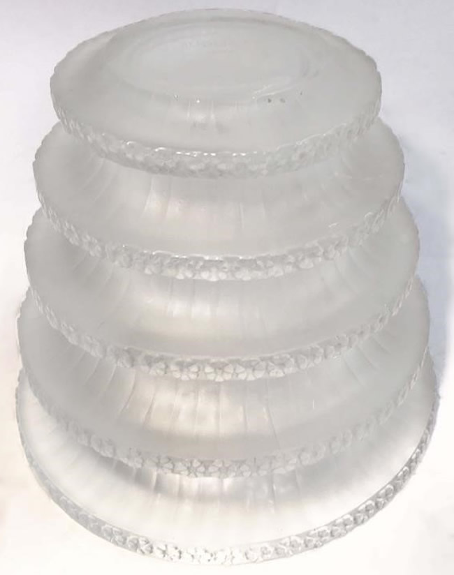 R. Lalique Chevreuse Vase 2 of 2