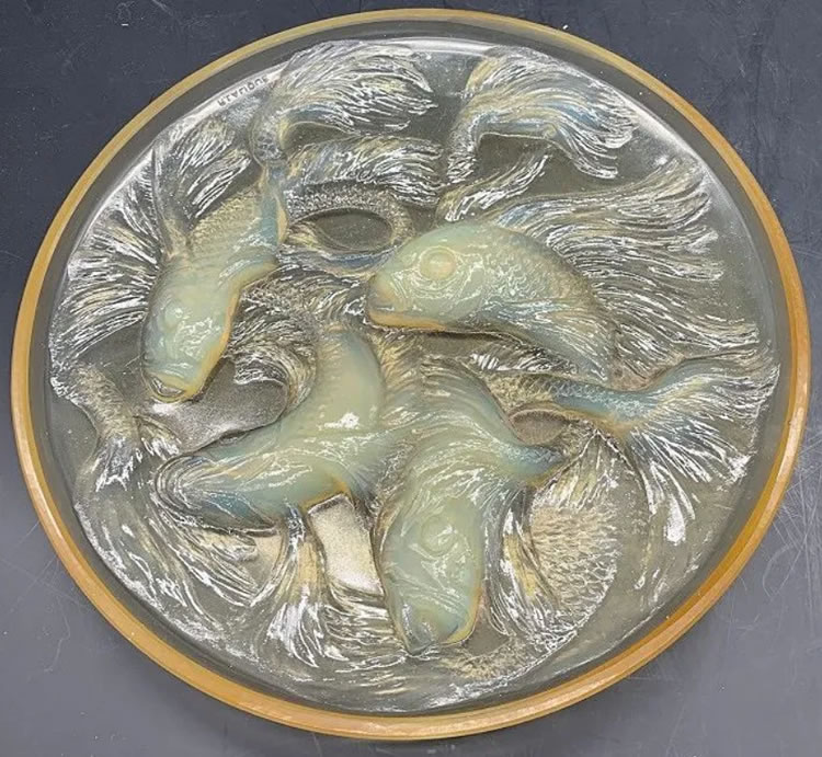 Rene Lalique Box Top Cyprins
