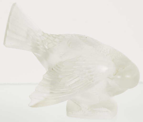 Rene Lalique  Moineau Coquet Paperweight