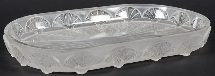 Rene Lalique Table Centre Oeillets
