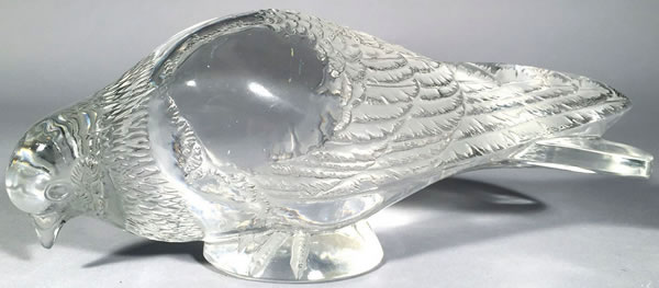 R. Lalique Pigeon Verviers Decoration