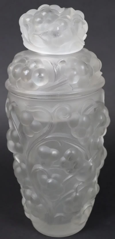Rene Lalique Cocktail Shaker Thomery