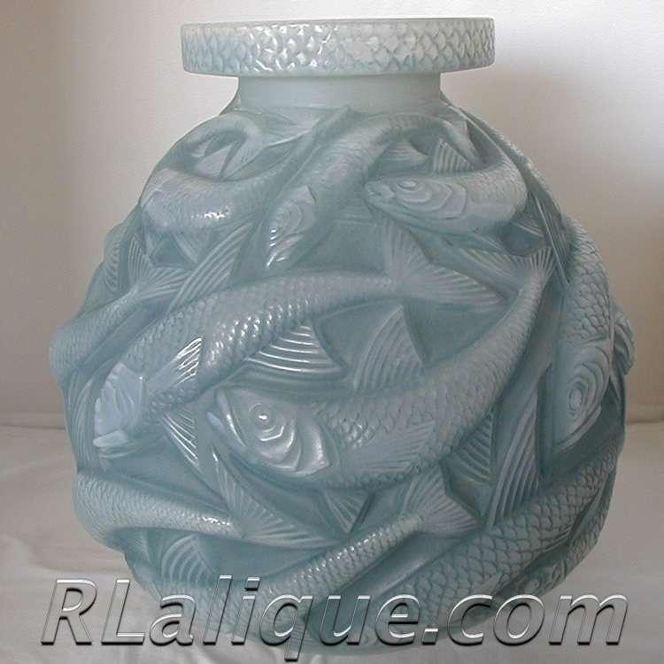 Rene Lalique Vase Salmonides