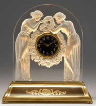 Deux Figurines Clock