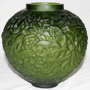 Green Gui Possible Rene Lalique Unsigned Vase