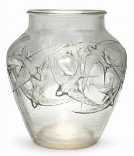 Rene Lalique Vase Hirondelles Signed R.Lalique