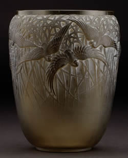 Rene Lalique Vase Aigrettes in Olive Green Glass