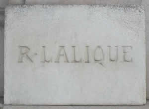 Lalique House In Paris: R. Lalique Carved In Stone