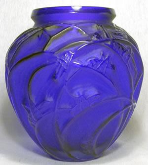 Sauterelles Fake Rene Lalique Blue Vase