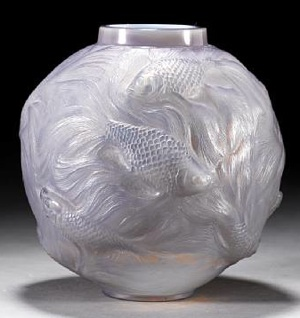 Rene Lalique Formose Vase in Agate Cased Glass