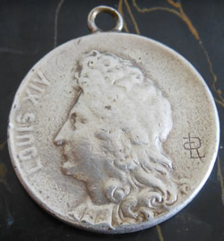 RL-LR Signature On Pendant With Louis XIV