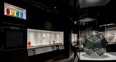 Rene Lalique Enchanted By Glass Exhibition At The Corning Museum View Inside The Exhbition