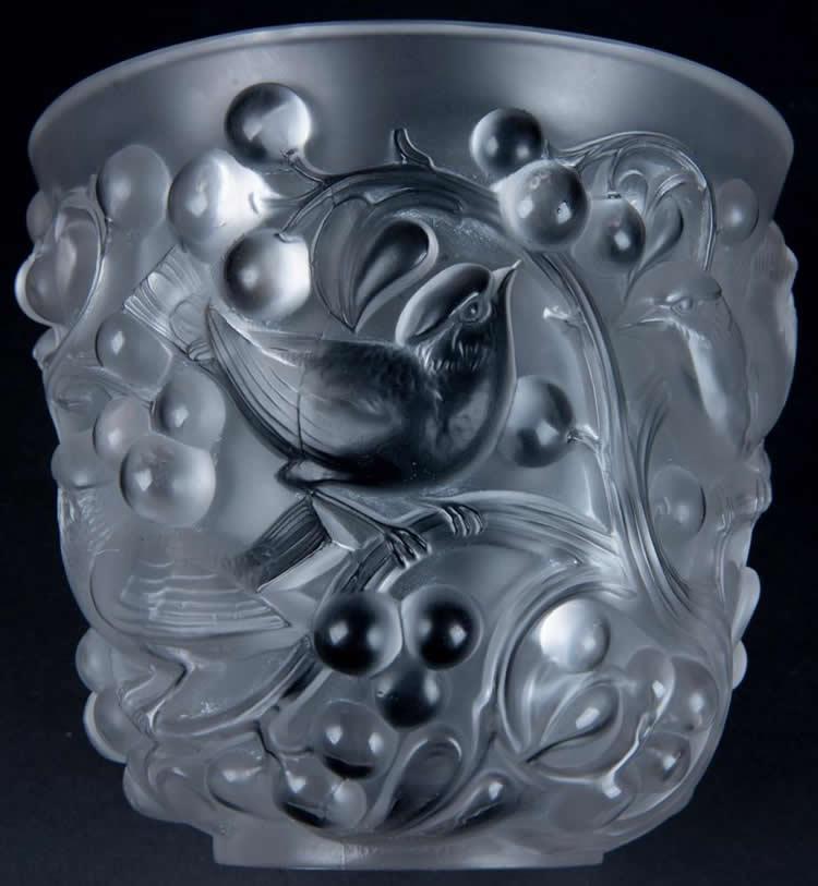 Lalique Cristal Avallon Vase